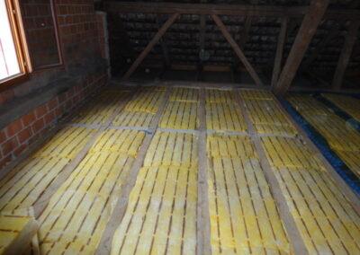 Dachbodenisolierung Reiden 1.Lage